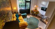 Overzicht geel appartement