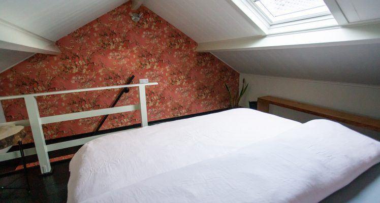 Slaapkamer appartement roze